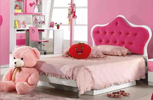 Giường ngủ công chúa màu hồng dễ thương