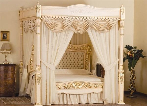 Giường ngủ Baldacchino Supreme